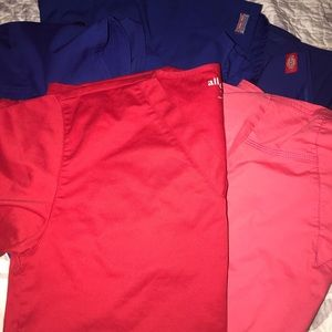 Lot of 5 scrub tops all in great condition!!